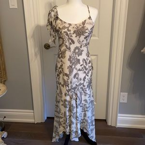 Pretty long summer dress. Size small.